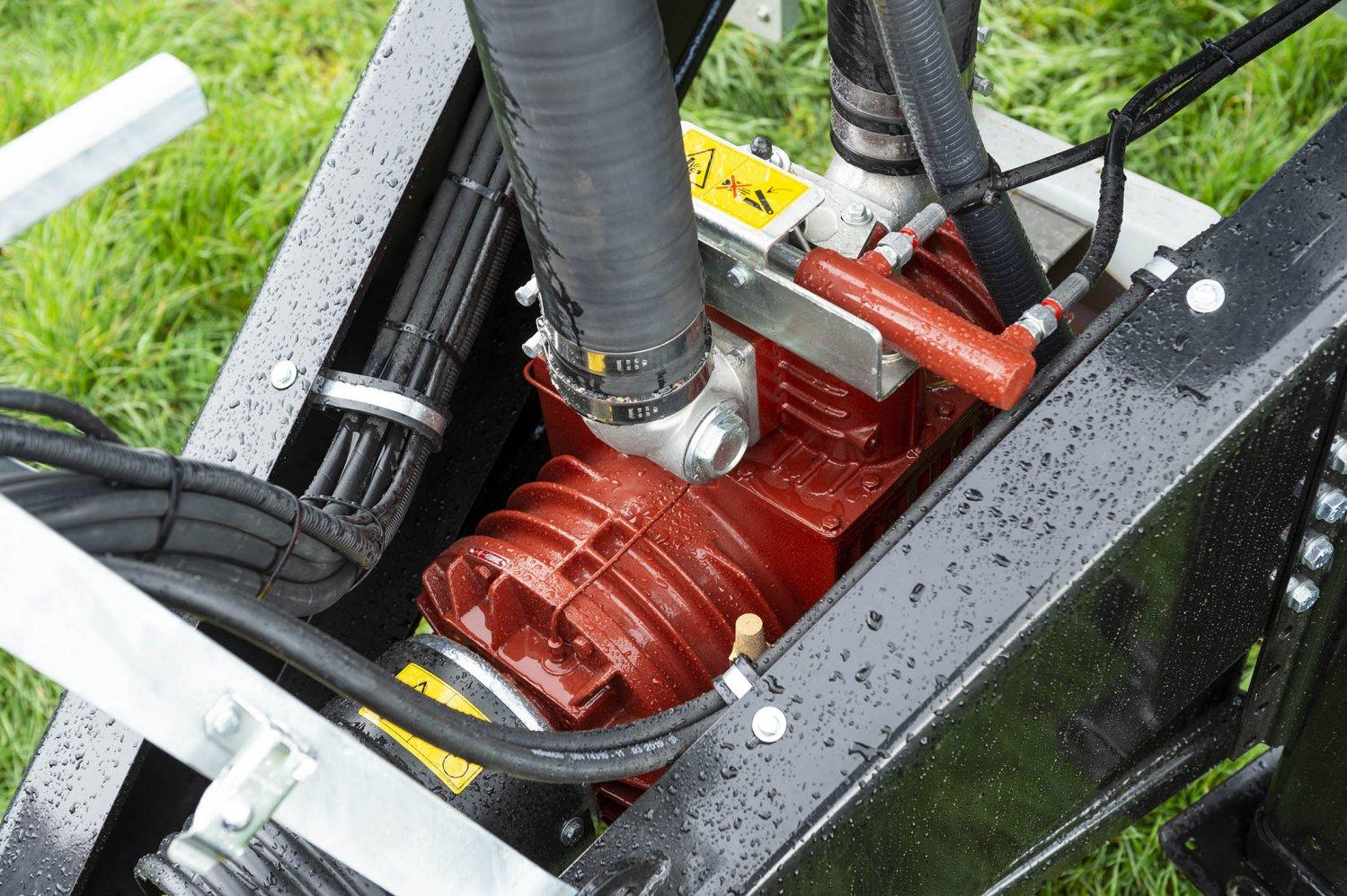 Güllewagen-Kompressor-Jurop Kompressor PN.jpg