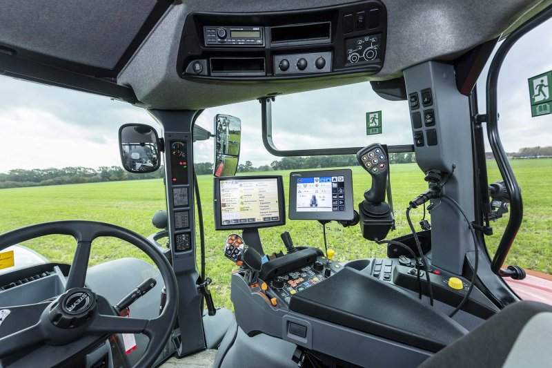 Operating and control technology