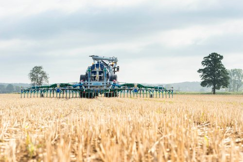schleppschuhverteiler-bomech-farmer-1-2.jpg