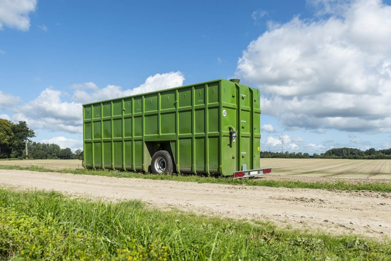 Field-edge containers