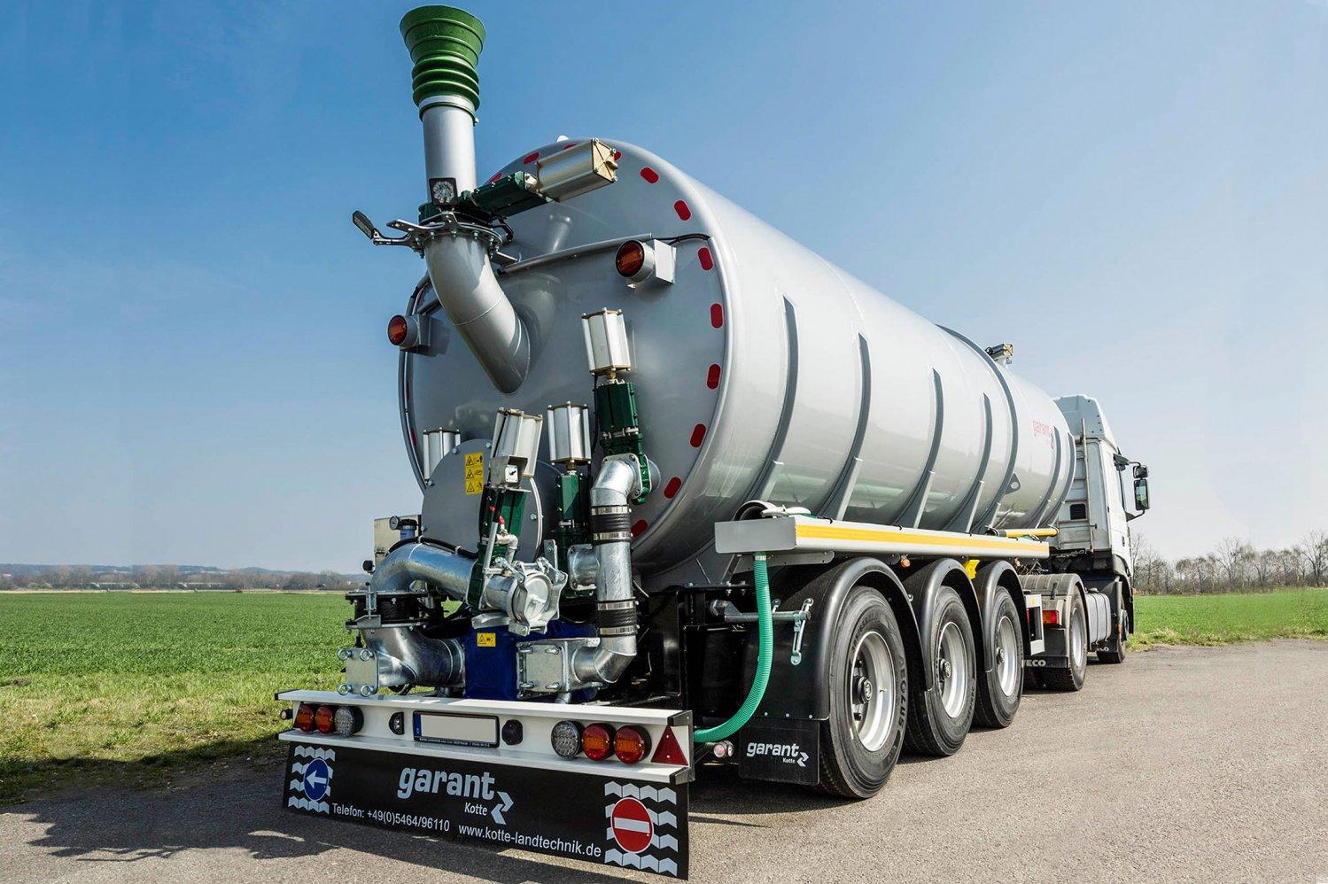 Tanksattelauflieger-gülle-transport-7.jpg
