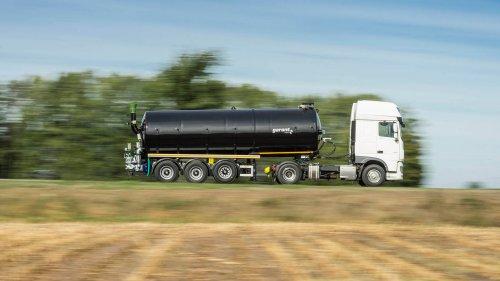 Tanksattelauflieger-gülle-transport-1-zu.jpg
